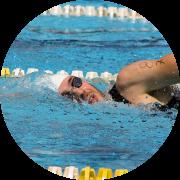Paolo Gasparotto di Nuoto Facile mentre nuota